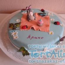 Торт с зайчиком