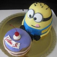 Миньон с тортиком