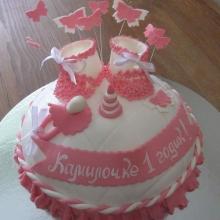Торт на год с сердечками