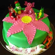 Торт Лунтик на цветке