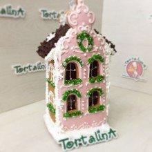 Пряничный домик розовый