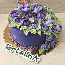 Розы и фиолет