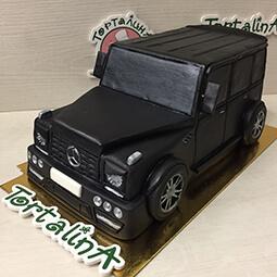 торт в форме автомобиля Gelandewagen