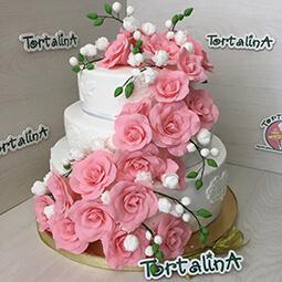 свадебный торт с мастичными розами