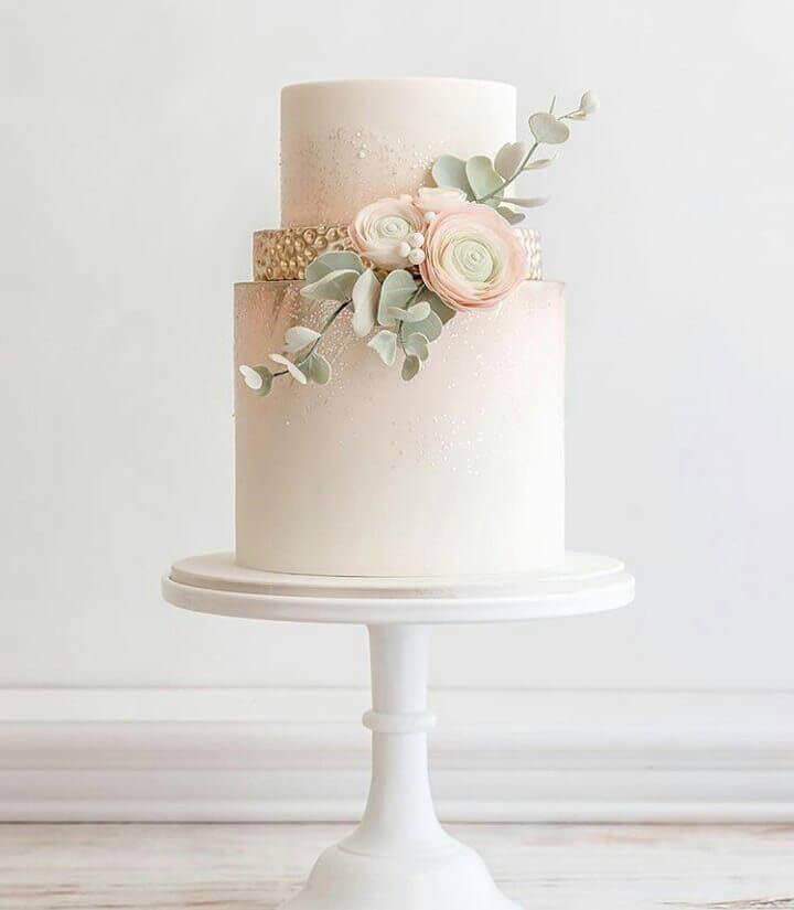 торт свадебный два яруса