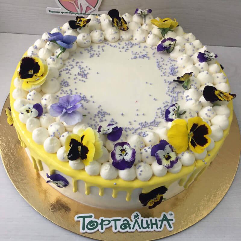 торт с анютиными глазками