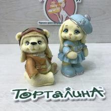 Шоколадные фигурки. Экипаж Мишутка и Зайка