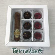 Шоколадная сигара и конфеты
