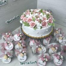 Свадебный торт и таблички для гостей. Премиум