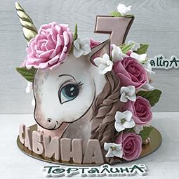 торт для девушки с красивым единорогом и розочками